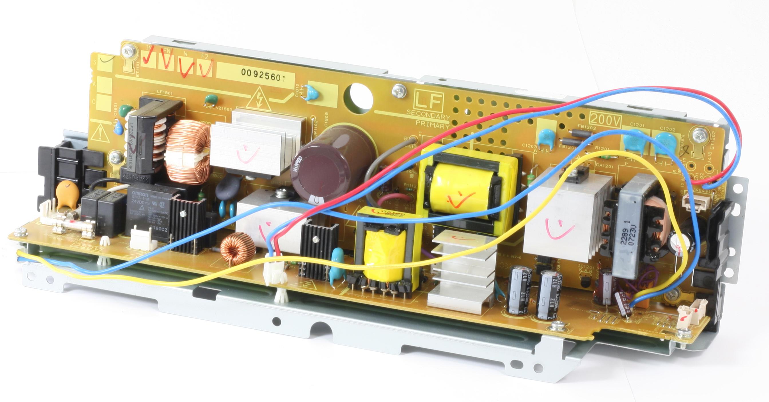 HP Netzteil RM1-5408 POWER SUPPLY für Laserjet CP2025 CP2025N CP2025DN gebraucht