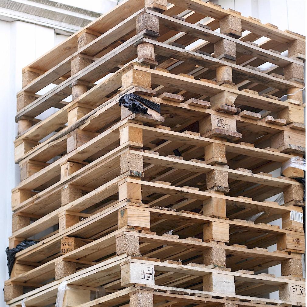 10x Einwegpaletten 120x100 Holzpaletten 120 x 100 cm Transport Palette gebraucht