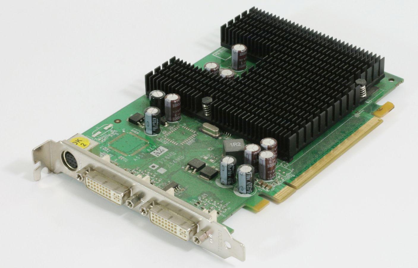 Grafikkarte Fujitsu Nvidia GeForce 7300LE 256MB RAM Dual 2x DVI -I PCIe S-Video